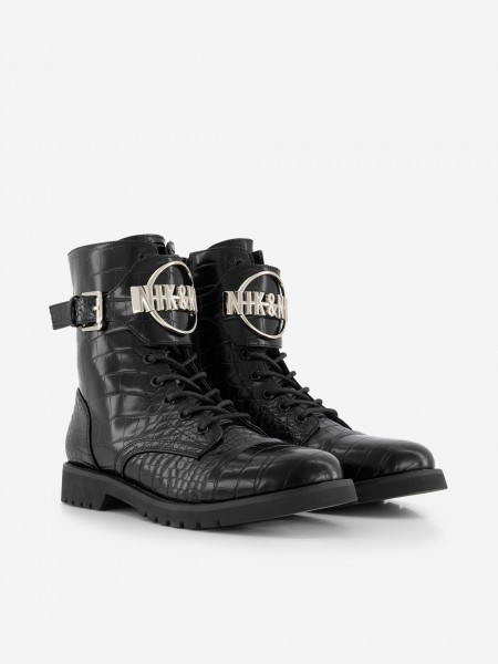 BOOTS WITH CROCODILE TEXTURE