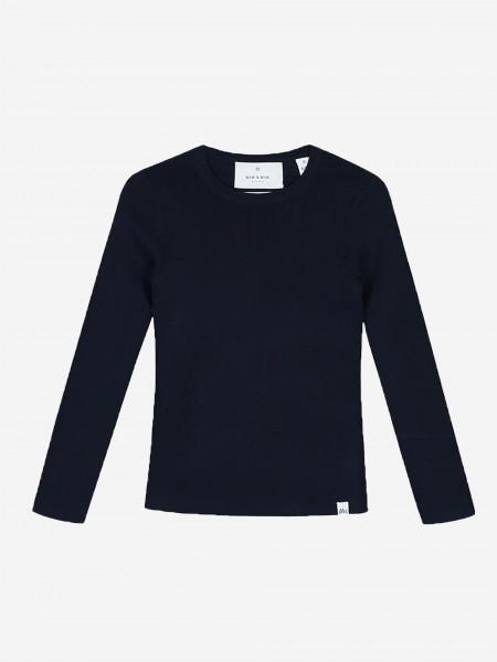 Dark blue top with long sleeves