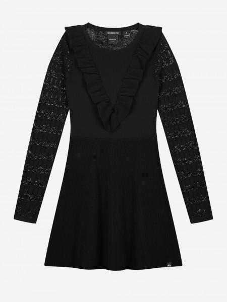 Zwarte jurk met semi-transparante mouwen